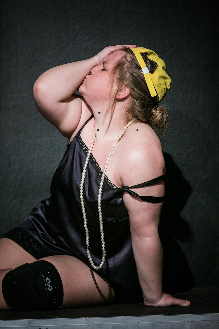 showgirls-julia-graefner-c-lupi-spuma_074.jpg